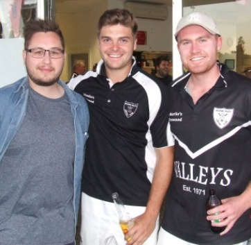 No white Christmas: L-R Nick Brelis with our UK players James Wolfenden (centre) and Sean Duckworth.