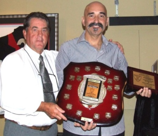 Our revered Club Founder Ray Storey (left) presented the Lindsay Jones Best Clubman award to Joe Ansaldo.